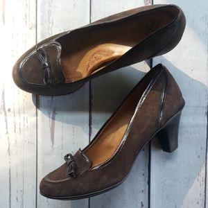 Sofft dark brown suede heels with patent trim/8M